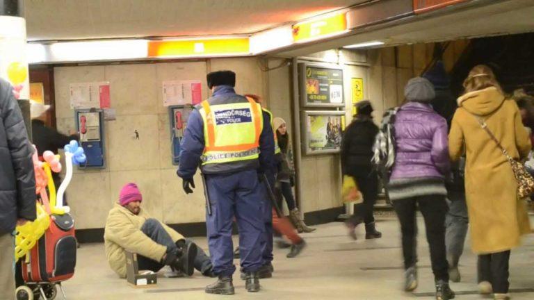 Hajléktalanok és hajlékosok