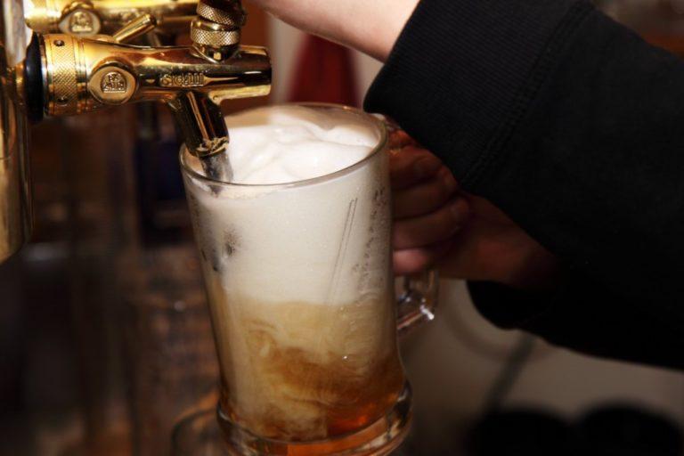 Luxus lesz a sörözés