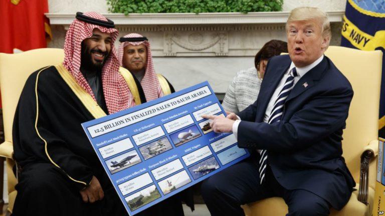 Trump szaúdi gyöngeségének oka: a pénz
