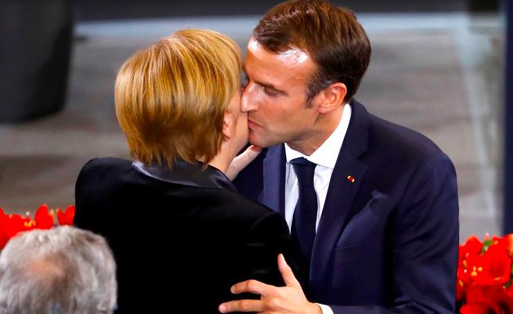 Francia szerelmi vallomás Németországnak
