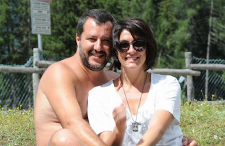 Meztelen fotóval dobta ki Orbán olasz barátját a szeretője