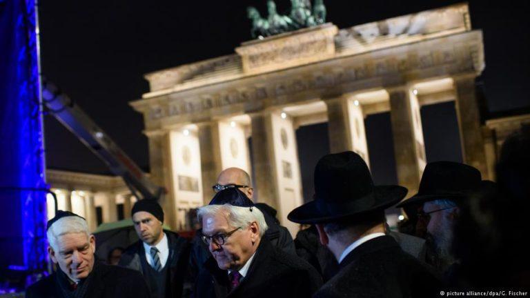 """Hanuka – A német államfő szerint """"a zsidó közösség ajándék Németországnak"""""""