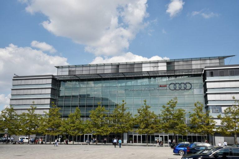 """Lassan """"beérik"""" az Audi-sztrájk: leállt az első német üzem"""