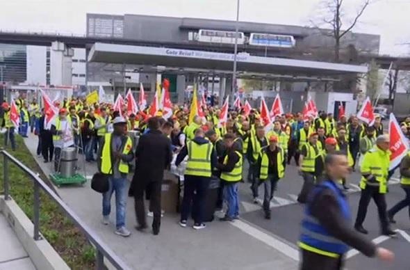 Sztrájk a reptereken Berlinben – vége a bőség éveinek