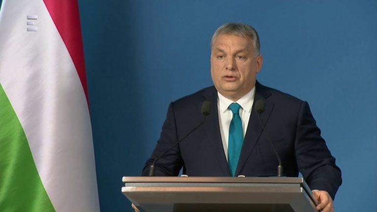 Mai kérdés – Ön szerint Orbán Viktornak volt egyedül fontos a tegnapi Kormányinfón való szereplés?
