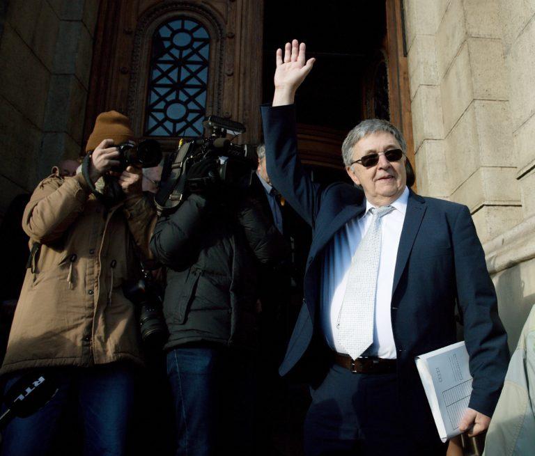 Az Alkotmánybíróág elé viszi az MTA-törvényt Lovász László