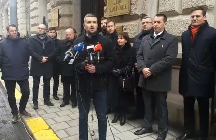 Jobbik párt megszünhet