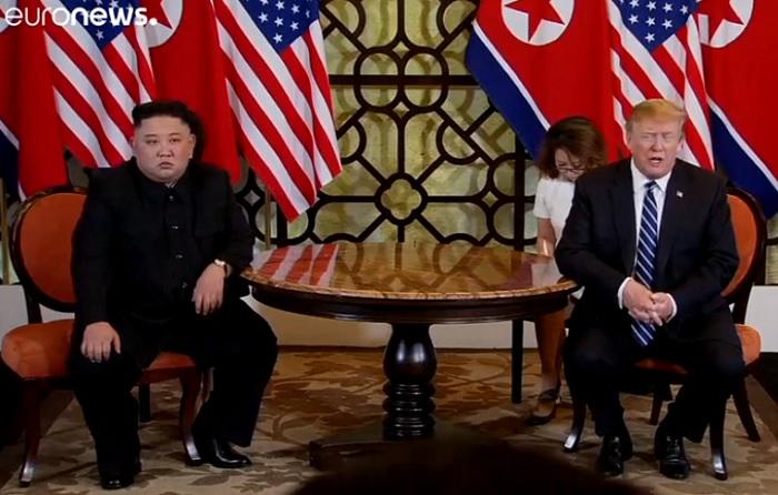 Kudarc a Trump-Kim csúcstalálkozón. Elmaradt a munkaebéd és a közös nyilatkozat
