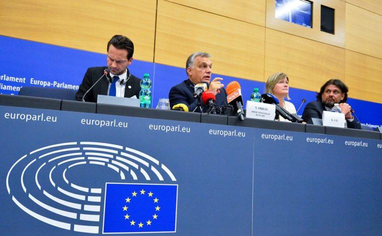 Újhelyi: a Fidesz elhallgatja a kellemetlen tényeket