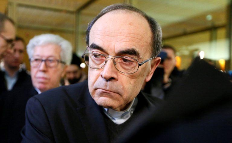 Lemond Franciaország prímása miután elítélték egy pedofil perben