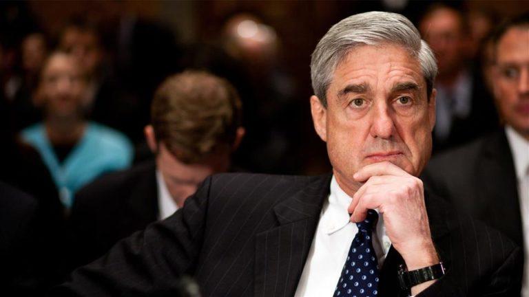 Mueller megjelenik két képviselőházi bizottság nyilvános meghallgatásán