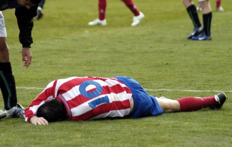 Ilyen se nagyon volt: kidőltek a focisták, halasztana az MTK