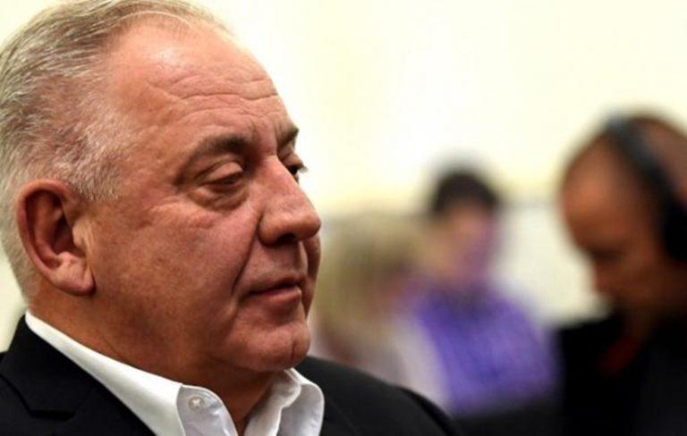 A korrupt ex kormányfőnek vissza kell fizetnie 2,3 millió eurót