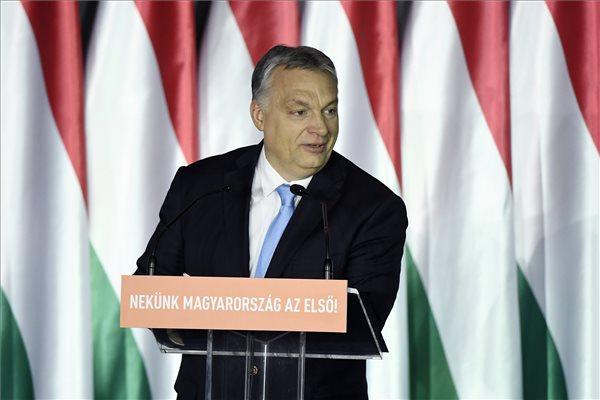 Orbán migránsozva és brüsszelezve hirdetett EP választási programot – 2019. április