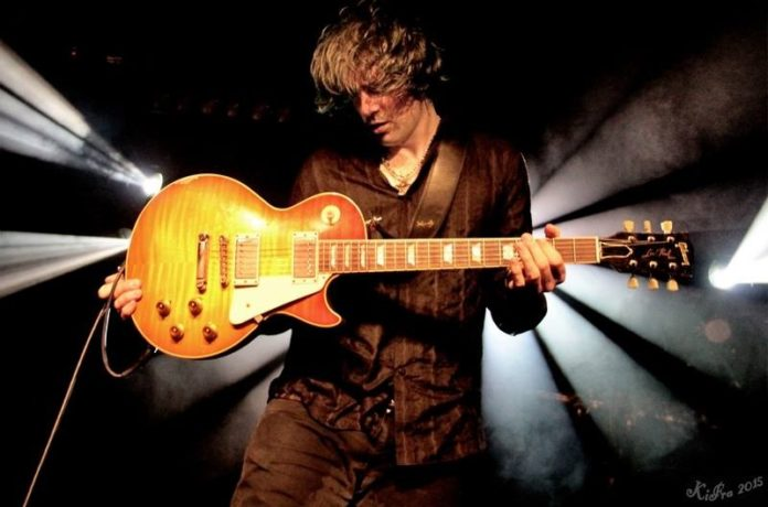 Ryan McGarvey, gitáros