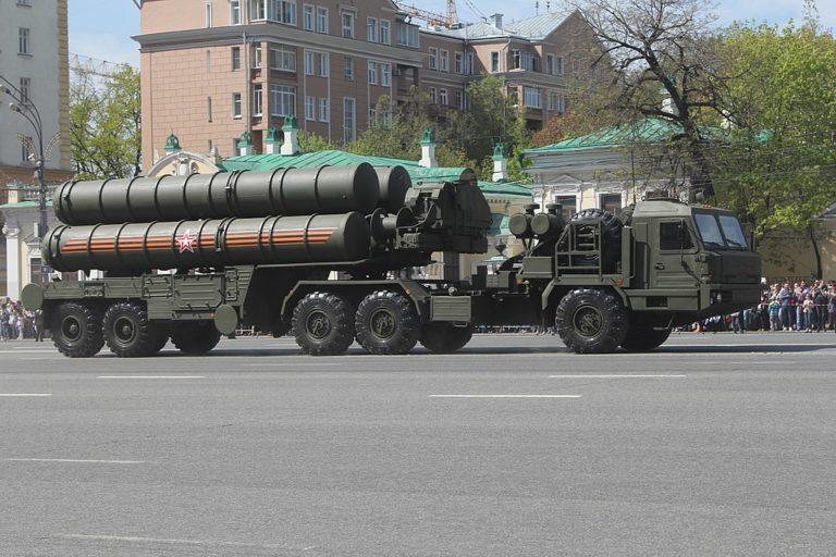 Putyin: Szaúd Arábia vásároljon orosz rakétavédelmi rendszert!
