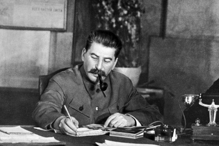Sztálin elvtárs a népszerűsége csúcsán?