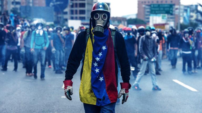 Egyre több venezuelai menekül Európába