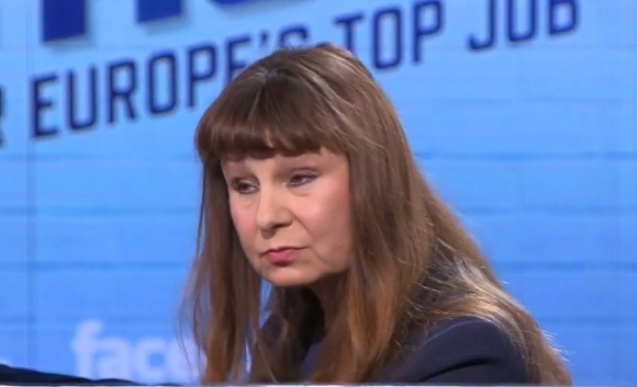 Ismerje meg Violeta Tomict, a radikális baloldal csúcsjelöltjét