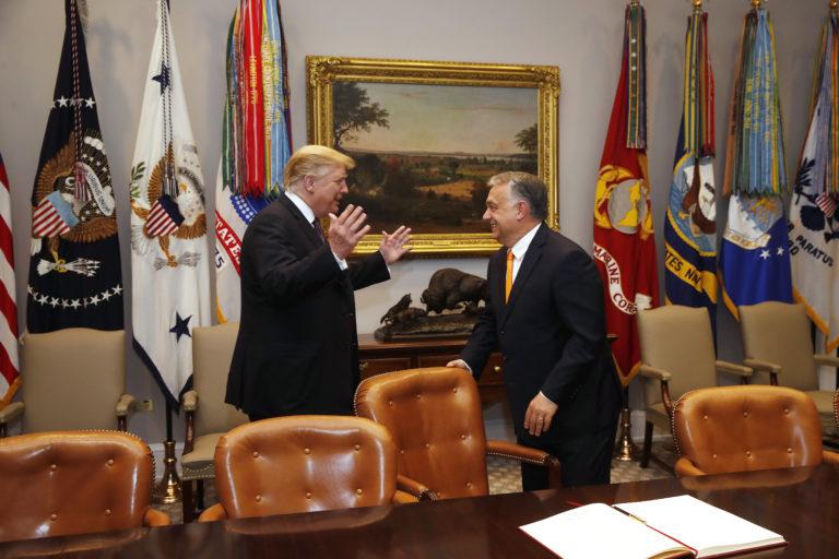 Trump-Orbán: körbeudvarolták egymást