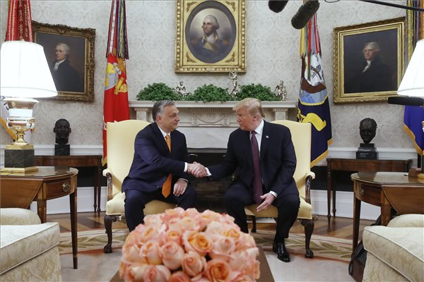 Welt: Orbán megkapta