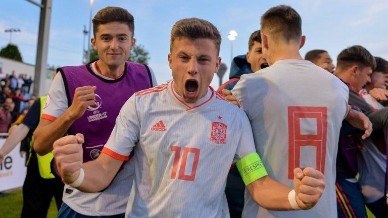 Tizenegyesekkel kaptak ki a magyarok az U17-es labdarúgó Eb negyeddöntőjében
