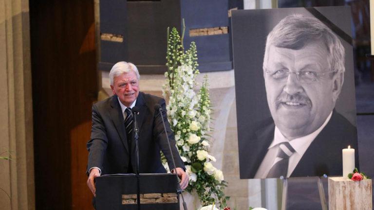 Vallott a kereszténydemokrata politikus szélsőjobboldali gyilkosa