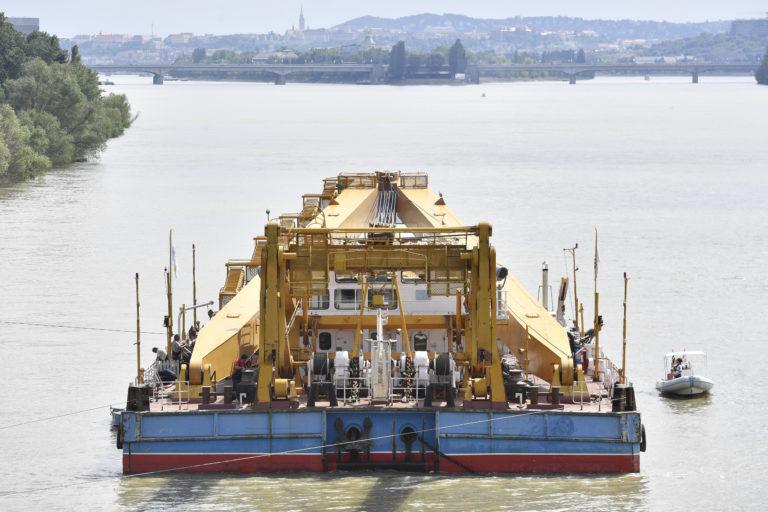 Hajóbaleset: Pest felé tart a Viking Sigyn