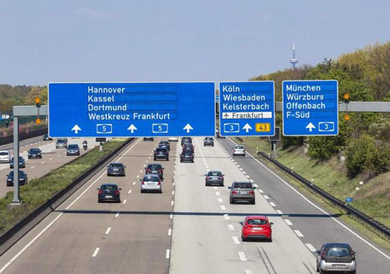 Nem lesz német autópályadíj