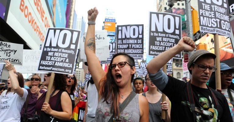 Progresszivizmus az őrület és a fasizmus közötti pályán