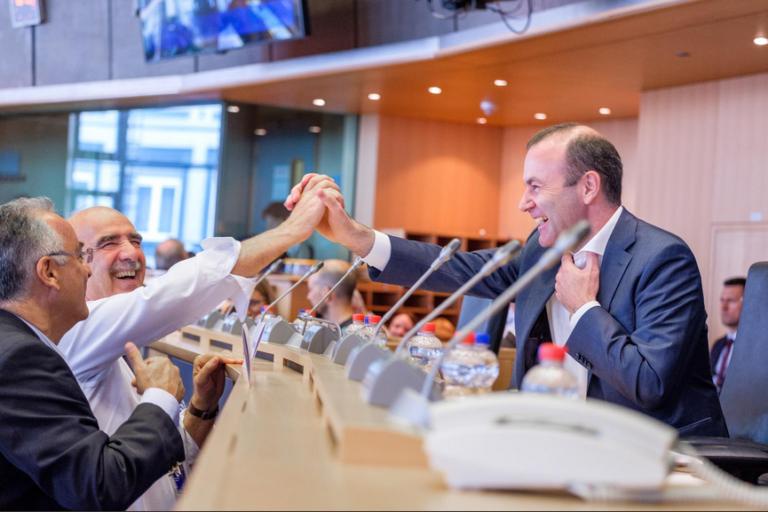 Fidesz-Weber: zavar az erőben, mégis megszavazták őt?
