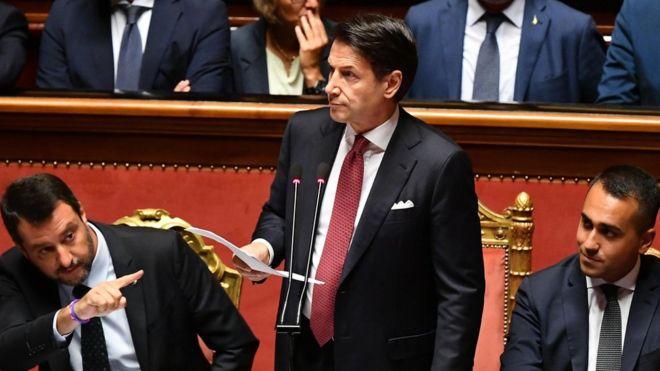 Káosz szélén Olaszország: lemondott a kormányfő – FRISSÍTVE