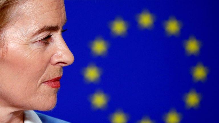 Von der Leyen Rómában: új uniós migráns politika kell!