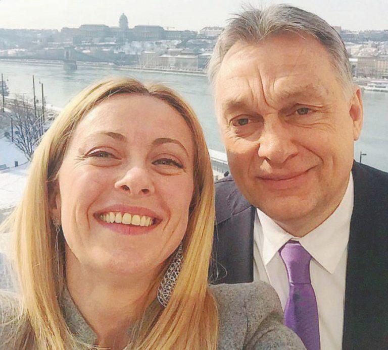 Orbán az újfasisztáknál: határt feszeget vagy már lép?