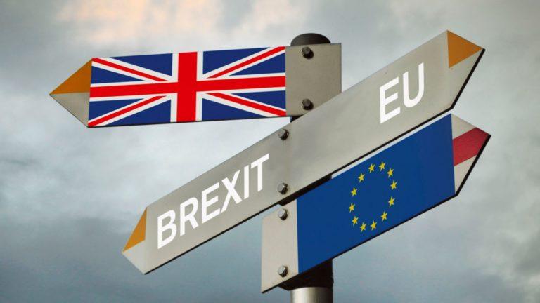 Halasztást kell kérni a Brexitről