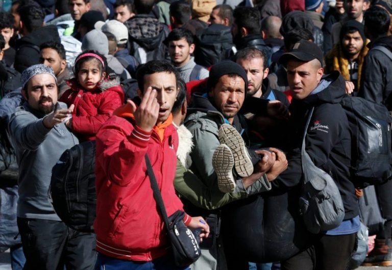 Uniós tárgyalások Ankarában és Athénban a migráns válságról