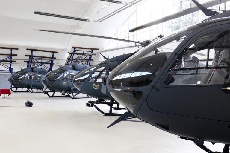 Átadták az első négy helikoptert