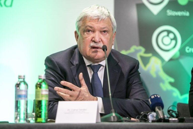 Szlovéniát is bevette Csányi