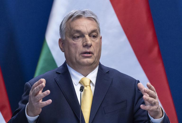 Orbán három órát szánt kérdésekre