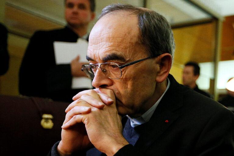 Pedofil ügyek miatt távozik Franciaország prímása