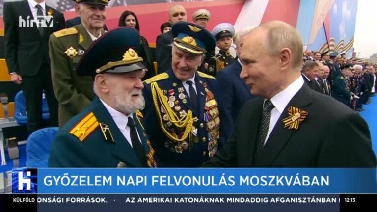 Putyin kitüntette Kim Dzsong un-t