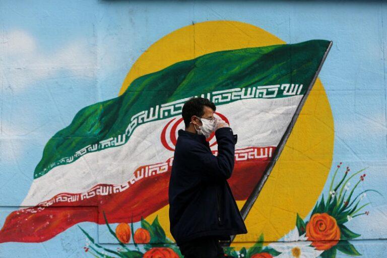 A hivatalosnál százszor több korona vírusfertőzött van Iránban
