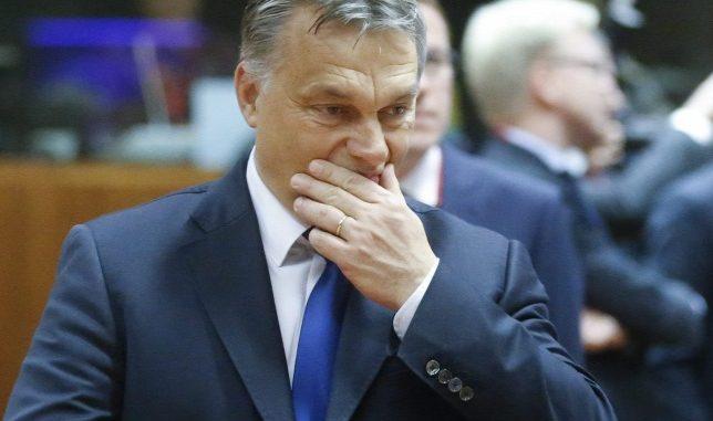 Orbánék zsarolása a teljes magyar nemzet tisztességét ássa alá!