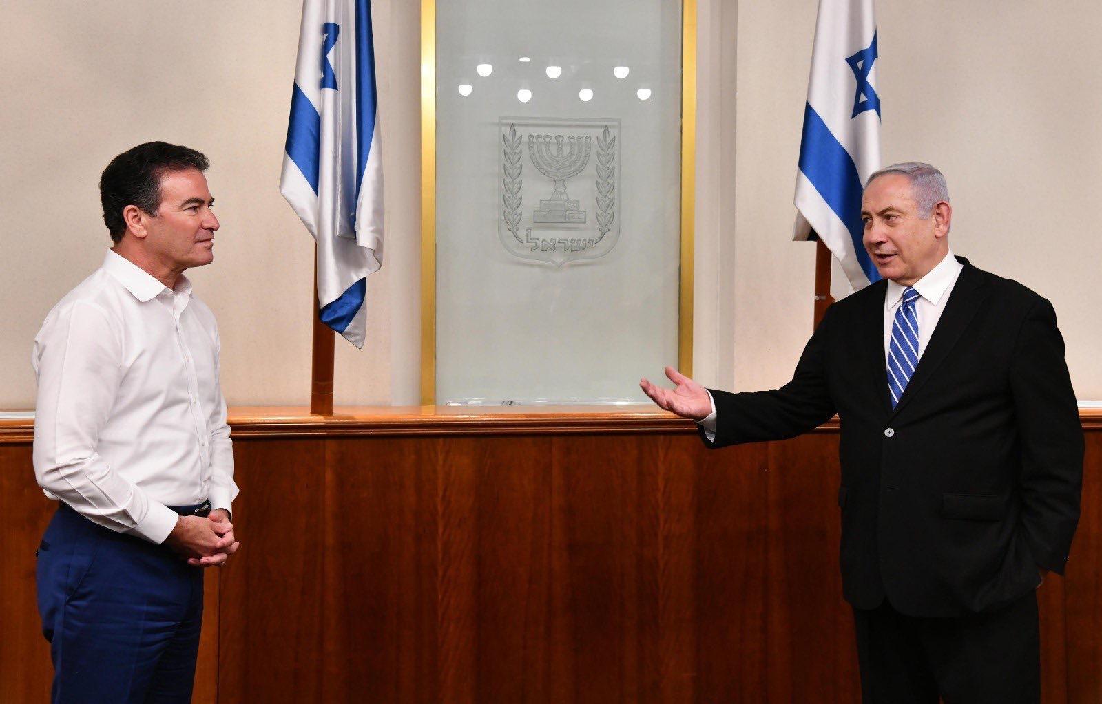 A szuperkém, aki kibékíti Izraelt a szomszédaival