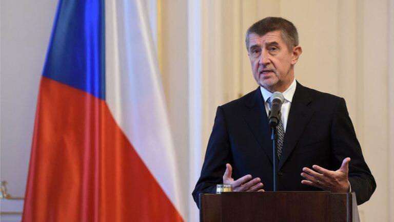 Moszkva kiutasít 20 cseh diplomatát
