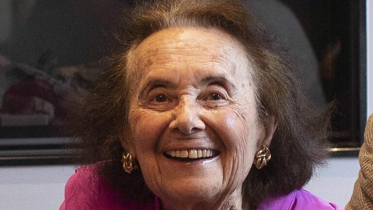 Egymillióan követik a 97 éves magyar holokauszt túlélőt