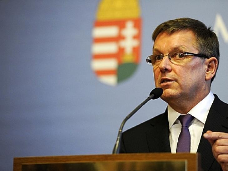 Matolcsy: erőteljes pénzügyi támadás érheti Magyarországot!