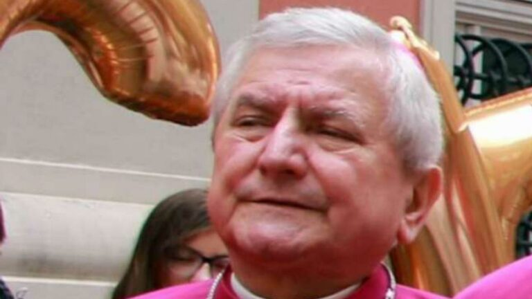 A pedofil ügyek 30%-a katolikus egyházhoz kötődik