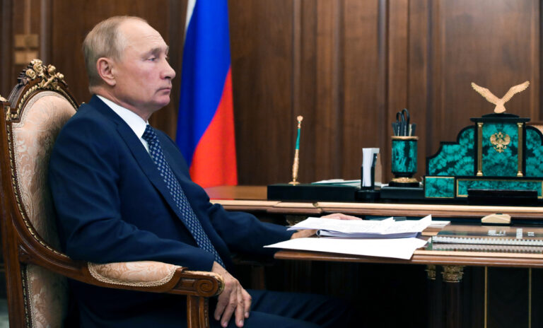 Putyin juttatta a Fehér Házba Trumpot?