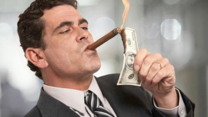 Menedzser fizetések az égben